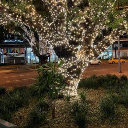 Brisbane East St outside Snack Man